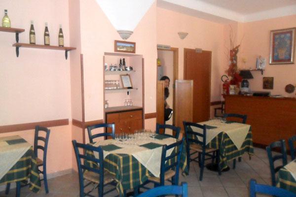 Hostaria la casetta roma cucina tipica romana for Cucina atipica roma